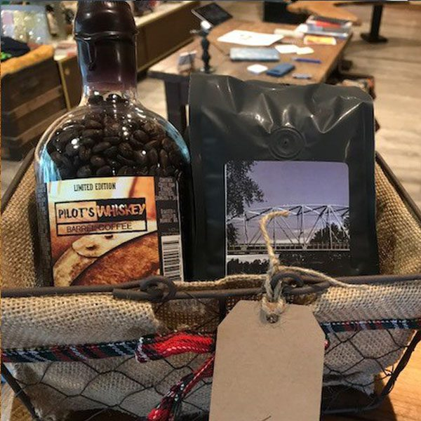 pilots-whiskey-barrel-coffee-gift-basket